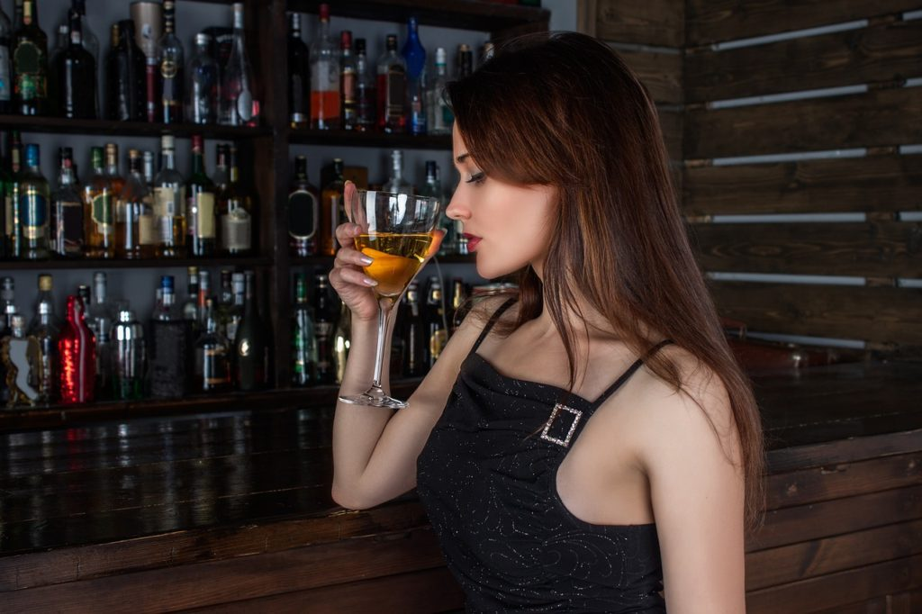 What is the drinking age in Canada ?