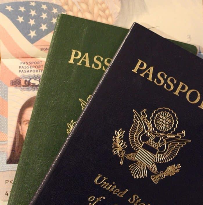 Get dual citizenship in Canada